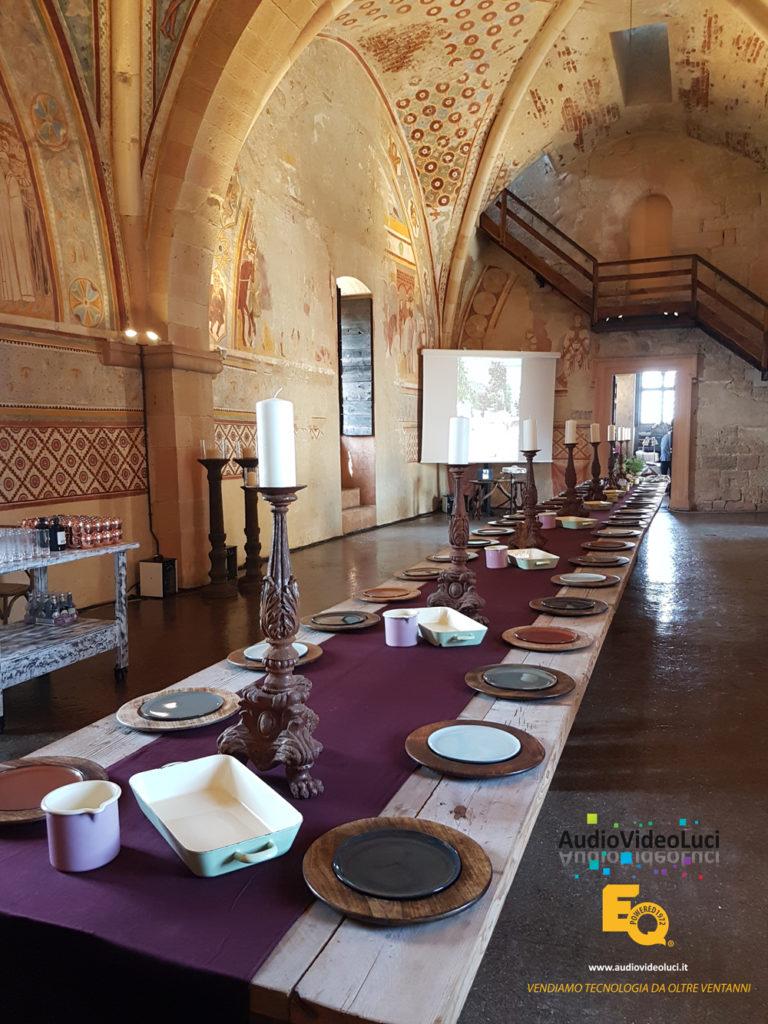 Festa medievale castello, illuminazione castello, noleggio luci castello, service luci professionale castello, castello di angeram service luci lago maggiore